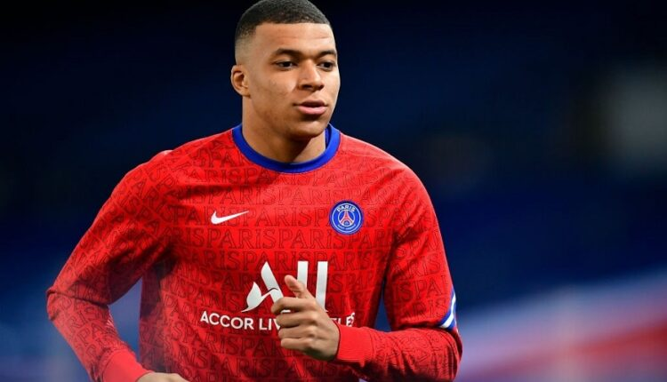 A European striker is expected to replace Mbappen at PSG