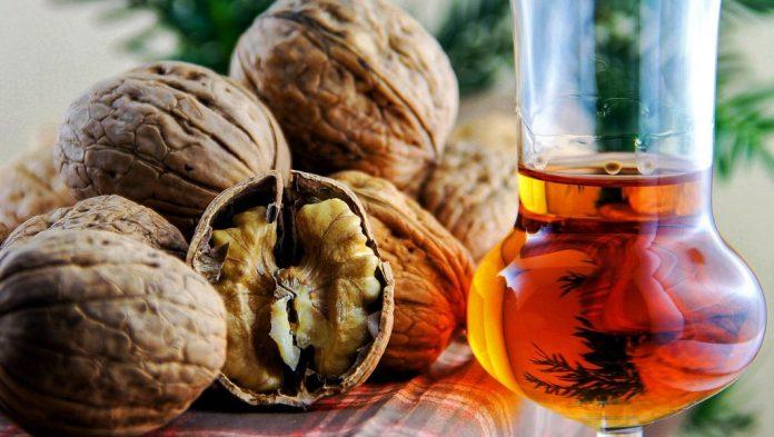 Walnut brandy heals the thyroid gland, speeds up metabolism!